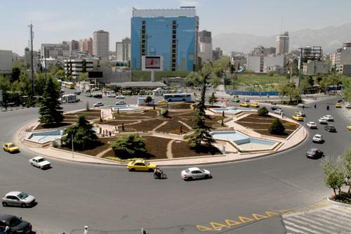 پروزه تحلیل فضای شهری-میدان ونک